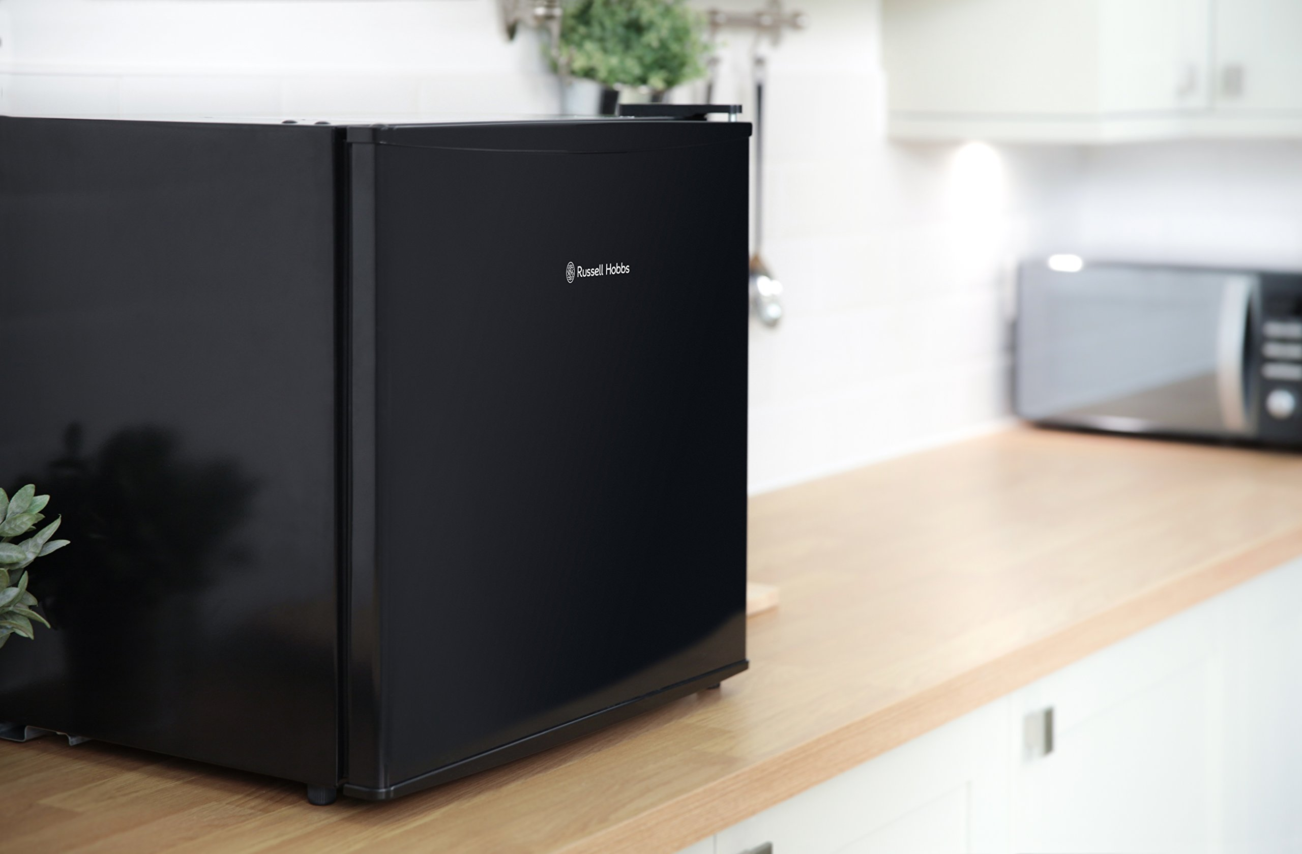 71MF1uY4DWL - Russell Hobbs RHTTLF1B 43L Table Top A+ Energy Rating Fridge Black