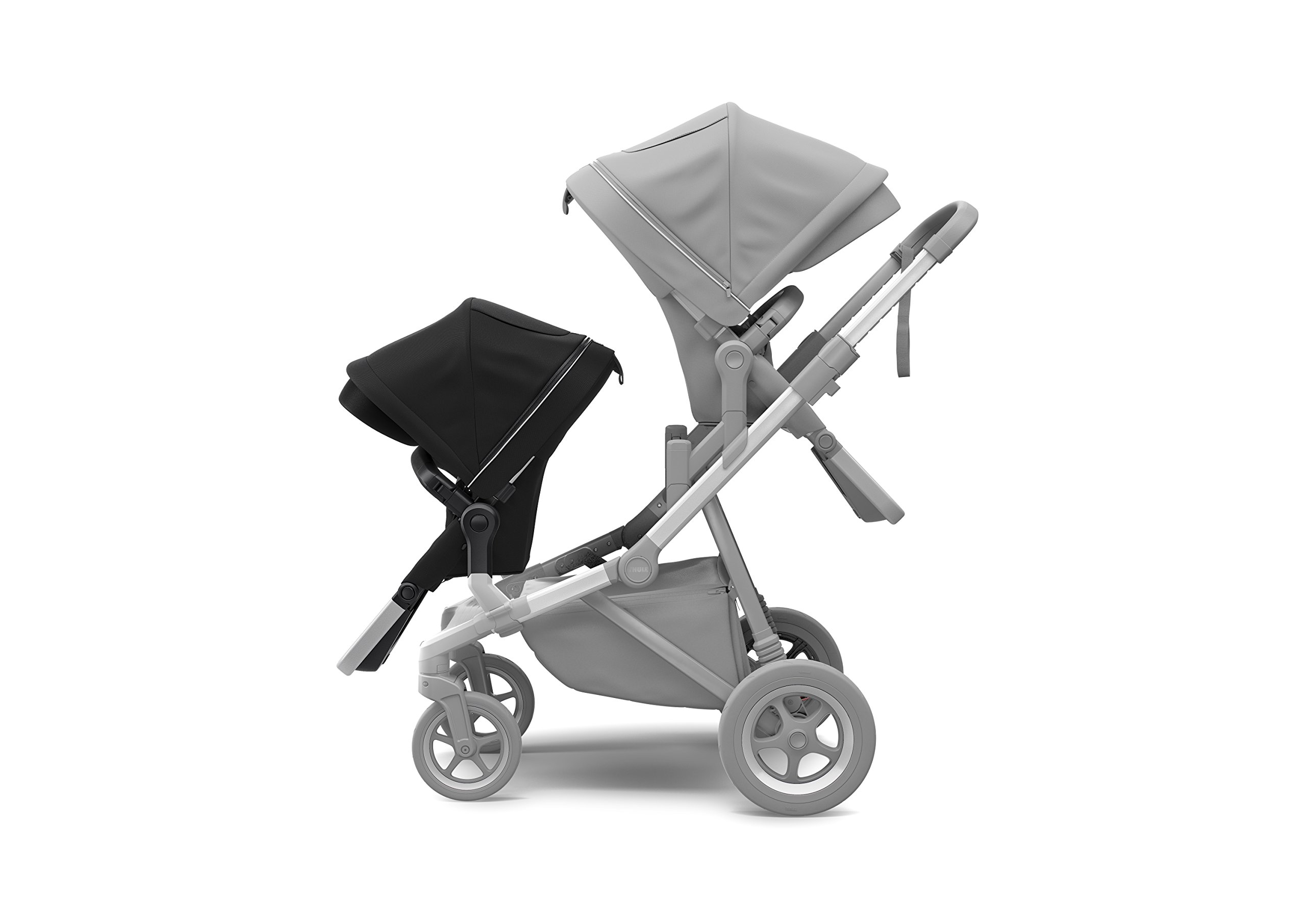 Thule Sleek Sibling Seat, Black Thule Ventilated canopy with peekaboo window and extendable sun visor gives your child a pleasant ride in any weather and provides UV protection (UPF 50+) Comfortable large seating area, with generous sitting height and foot well Reversible seat for parent- or forward-facing position 5