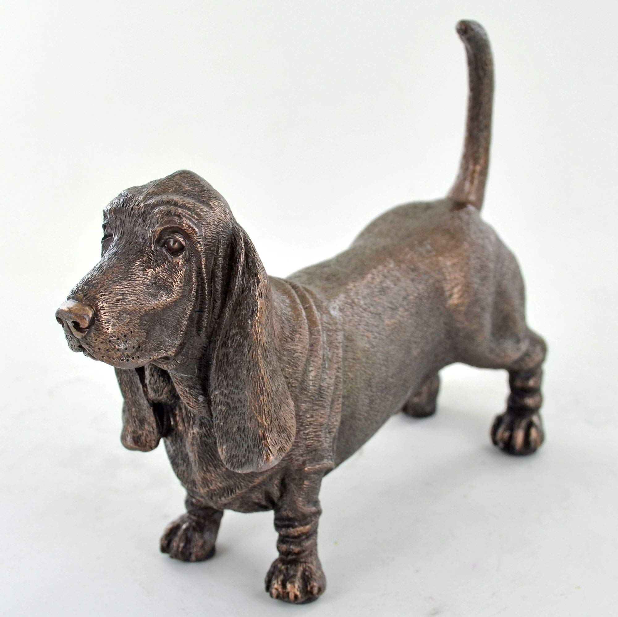 Fiesta Studios Bassett Hound Dog Sculpture Cold Cast Bronze Statue Ornament Figurine Home Decor Pets Gift Idea H12cm