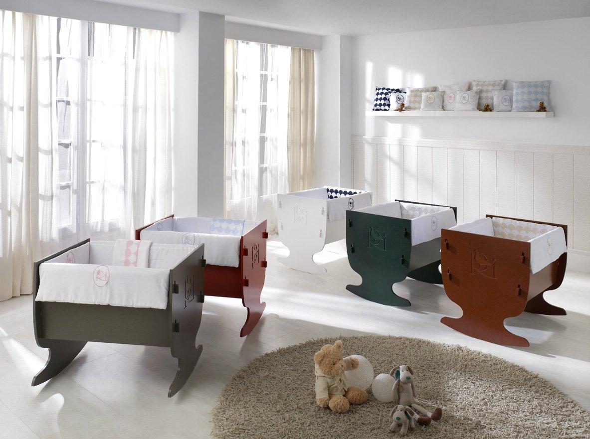Rosabel Davis- Mini cot, 78x80x9 cm, colour red COLECCIÓN ROSABEL rocking mini cot, 78 x 75 x 65 cm ,made in Spain ,easy assembly Cot   rocking mini cot Spanish quality and design 3
