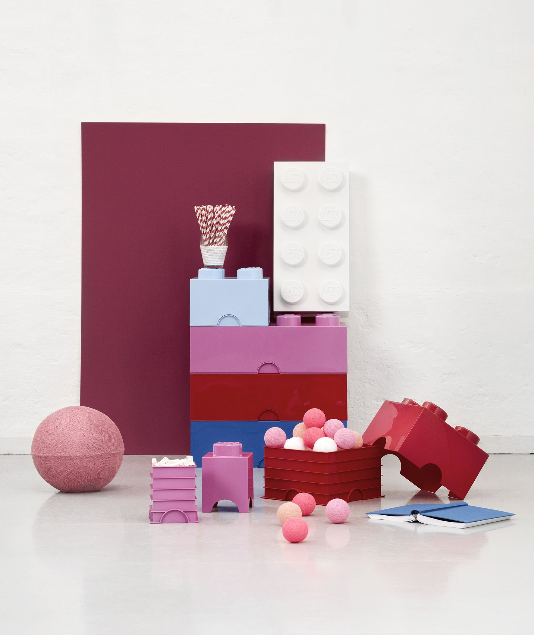 LEGO - Scatola stoccaggio, Arancione, & Room Copenhagen Classic Mattoncino Bottoncini,Contenitore impilabile Litri… 5 spesavip