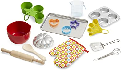 Melissa & Doug Let's Play House Baking Play Set, Multi Color
