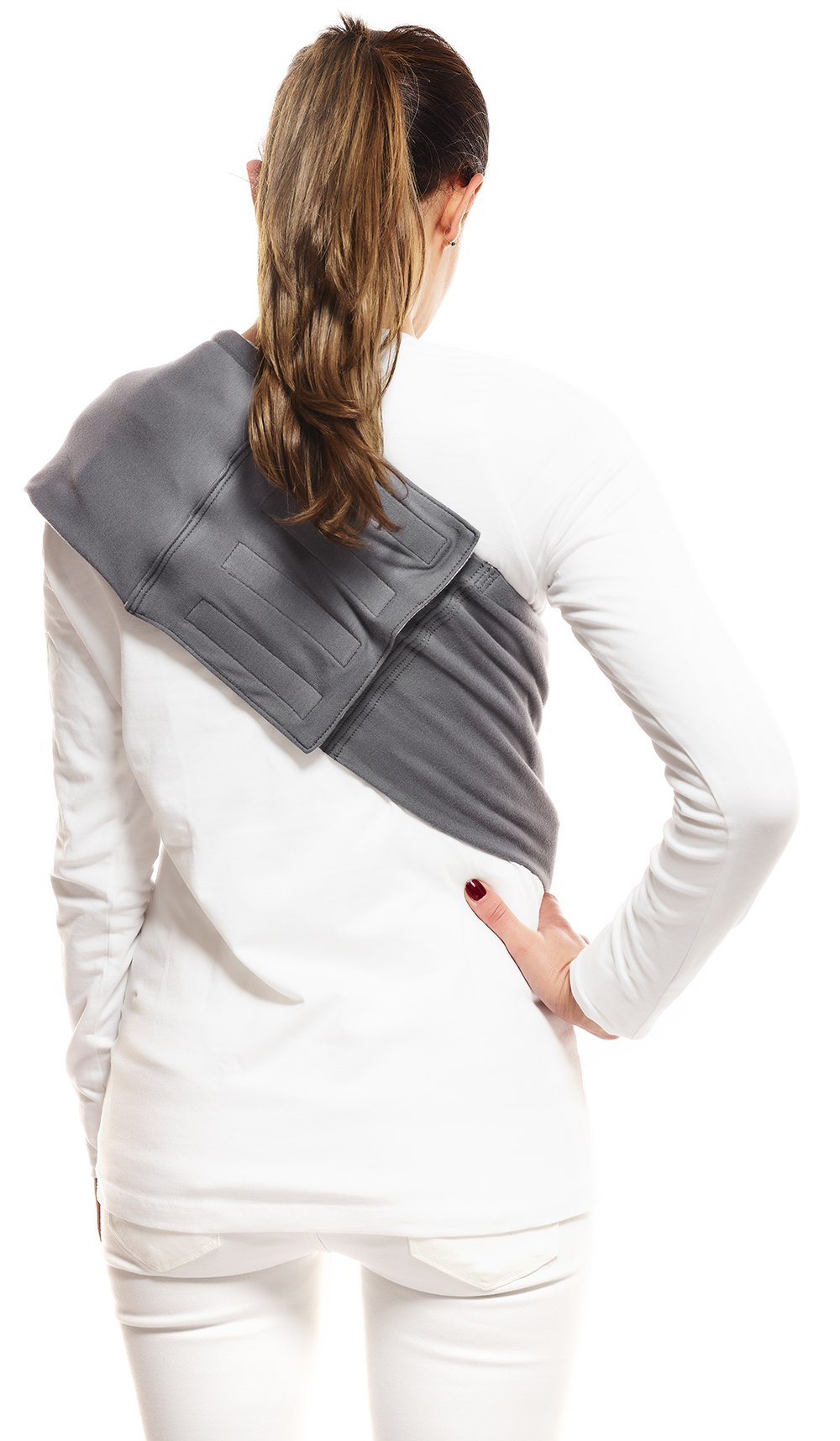 Wallaboo Wrap Sling Carrier Connection, Easy Adjustable, Ergonomic, 3 Carrying Positions, Newborn 8lbs to 33 lbs, Soft Breathable Cotton, 3 Sitting Positions, EU Safety Tested, Color: Grey / Silver Wallaboo Ergonomically correct design with three natural positions: sleep, sit and active- one size fits all Can be used from premature baby through to 33lbs - with easy-to-use features like a full-front opening and an adjustable back Single piece of fabric, no straps, belts or buckles - partly padded to give extra comfort- no wrapping, no hardware. ready to wear 4