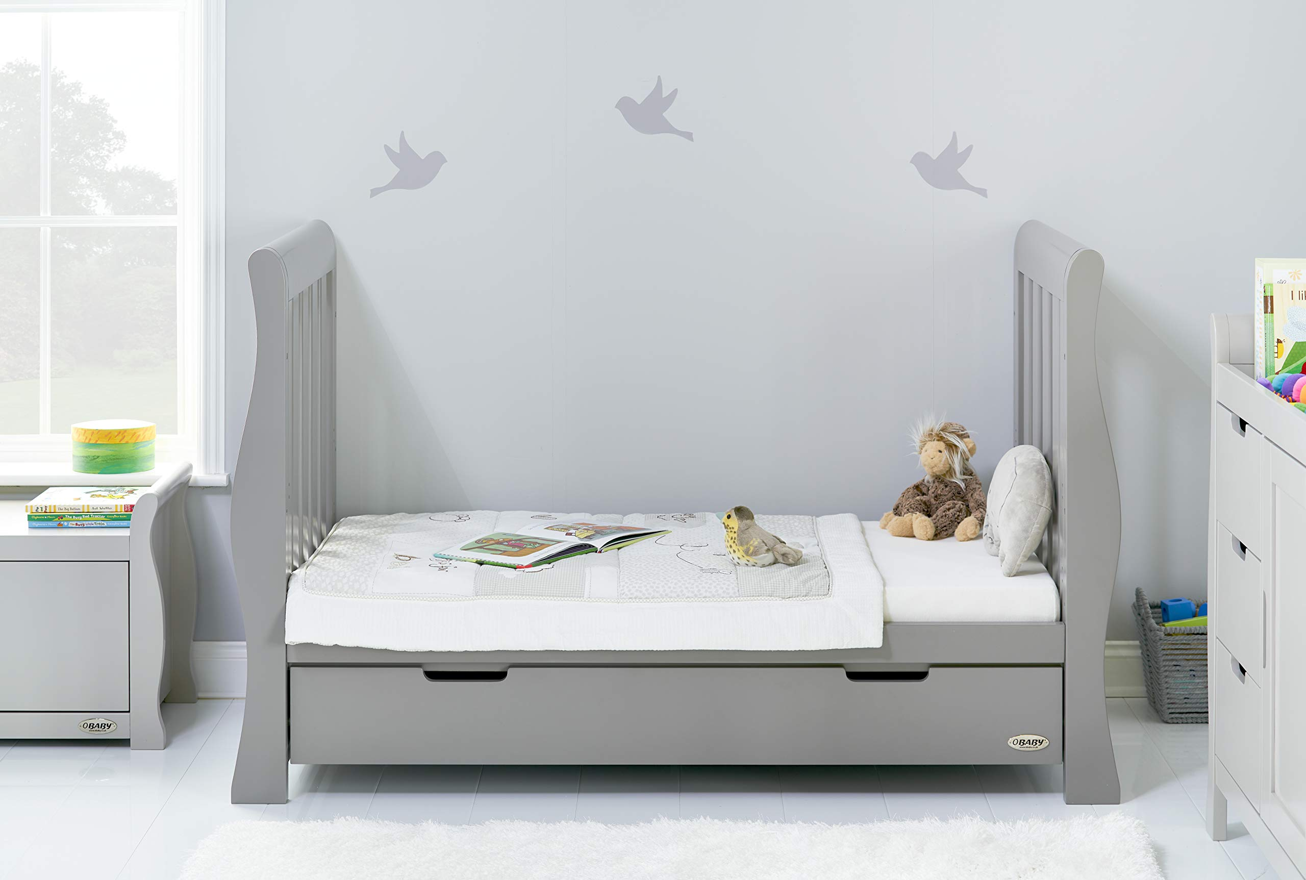 Obaby Stamford Luxe Sleigh Cot Bed, Warm Grey Obaby Adjustable 3 position mattress height Sides remove to transform into toddler bed Includes matching under drawer for storage 3