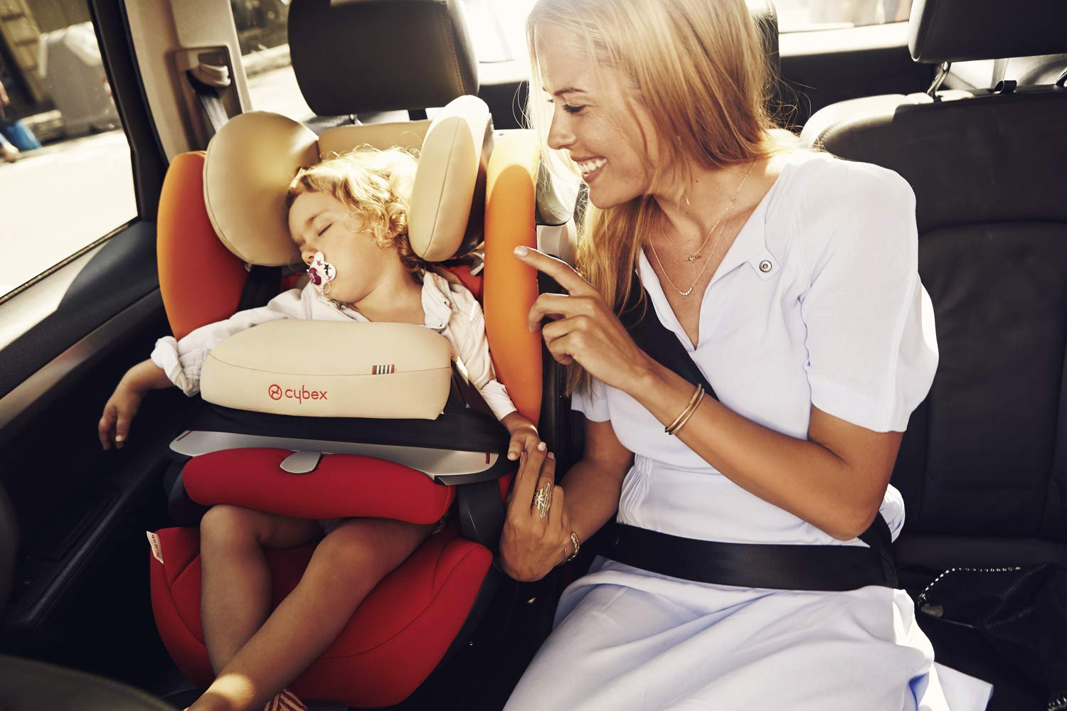 CYBEX Silver Pallas M-Fix 2-in-1 Child's Car Seat, For Cars with and without ISOFIX, Group 1/2/3 (9-36 kg), From approx. 9 Months to approx. 12 Years, Rumba Red Cybex Sturdy and high-quality child car seat for long-term use - For children aged approx. 9 months to approx. 12 years (9-36 kg), Suitable for cars with and without ISOFIX Maximum safety - Depth-adjustable impact shield, 3-way adjustable reclining headrest, Built-in side impact protection (L.S.P. System), Energy-absorbing shell 12-way height-adjustable comfort headrest, One-hand adjustable reclining position, Easy conversion to Solution M-Fix car seat for children from 3 years (group 2/3) by removing impact shield and base 6