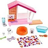 Barbie FXG34 - Möbel Spielset Hundehütte mit Hundemama und Welpe, Puppenzubehör Spielzeug ab 3 Jahren