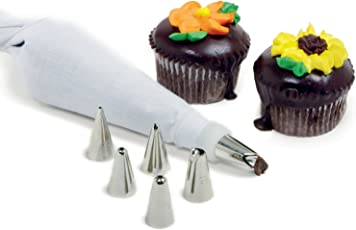 Bulfyss 8 Piece Cake Decorating Set Frosting Icing Piping Bag Tips with steel nozzles