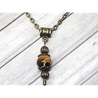 Collana con ciondolo in stile vintage da donna in occhio di tigre marrone montato su una catena di bronzo antico