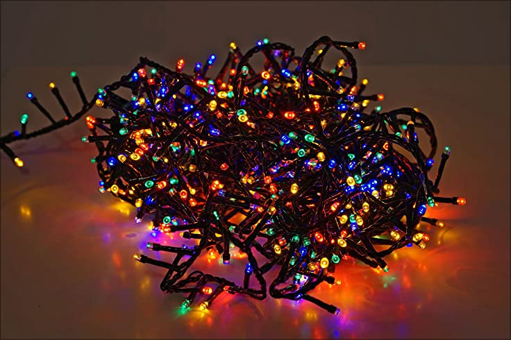 LED Lichterkette Mit 700 LED   Bunt / Mehrfarbig   Mit Speicherchip Und 8  Funktionen   Für Innen Und Außen: Amazon.de: Beleuchtung