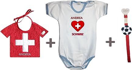 Zigozago - Weltmeisterschaft Schweiz personalisiert Set zusammengestellt von Lätzchen + Spielanzug + Schnullerkette.