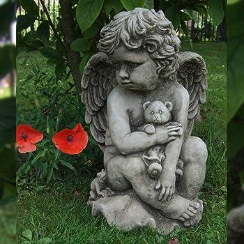 Memorial Statue. Praying Hands Garden Stone Ornament