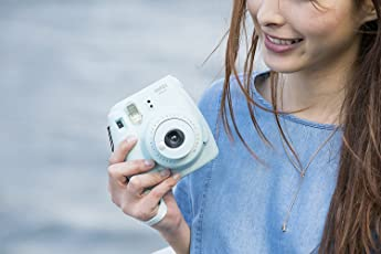 Fujifilm Instax Mini 9 Bundle Pack (Ice Blue)
