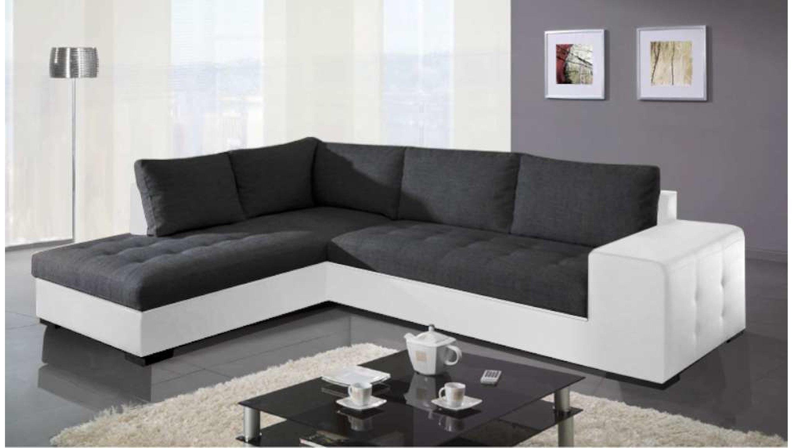 divano angolare bianco e nero per soggiorno moderno.