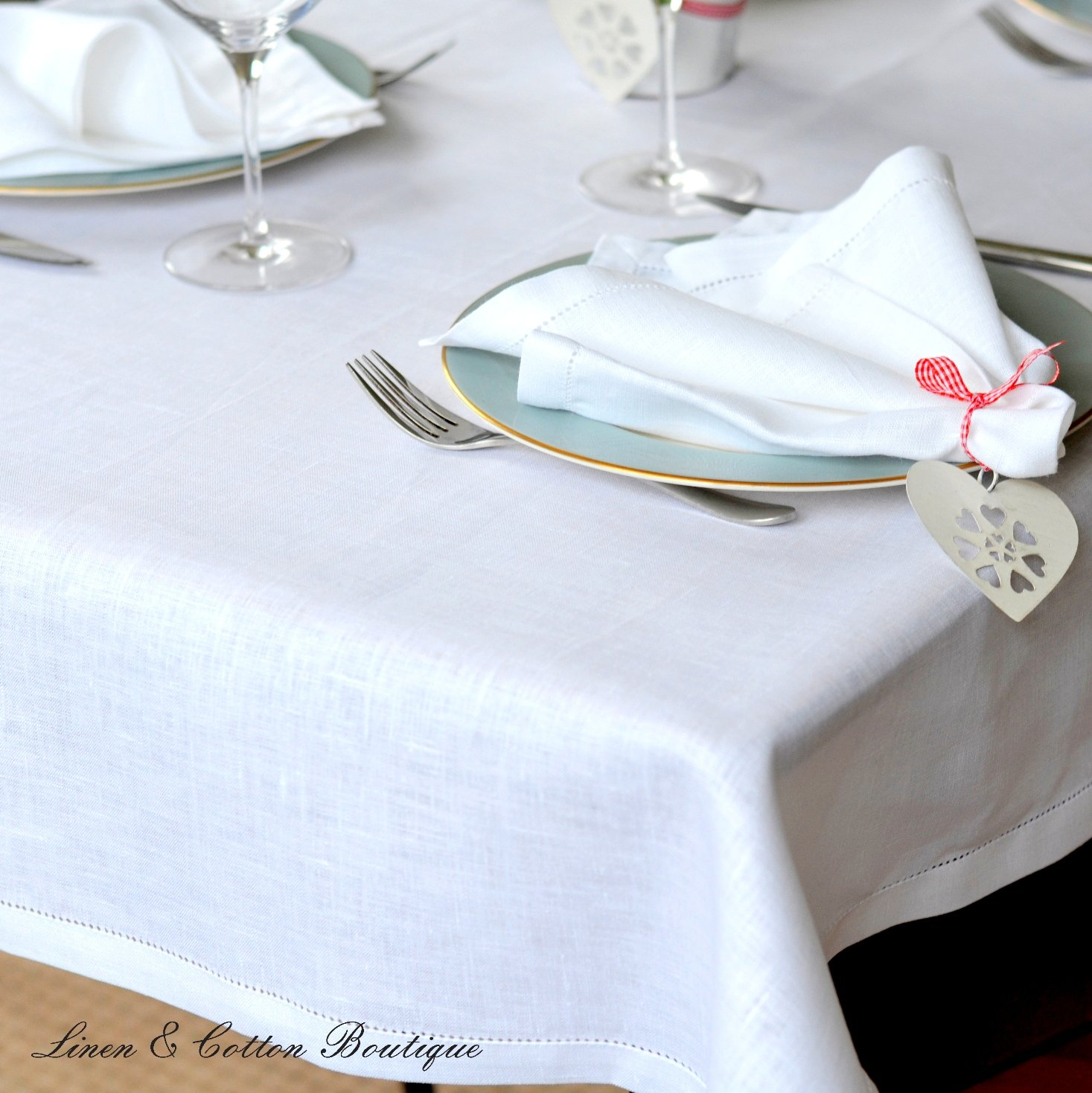 Luxury Hemstitched Linen U0026 Cotton Pure White Tablecloth, 100% Linen  143 X  143cm (57.2u0027u0027 X 57.2u0027u0027): Amazon.co.uk: Kitchen U0026 Home