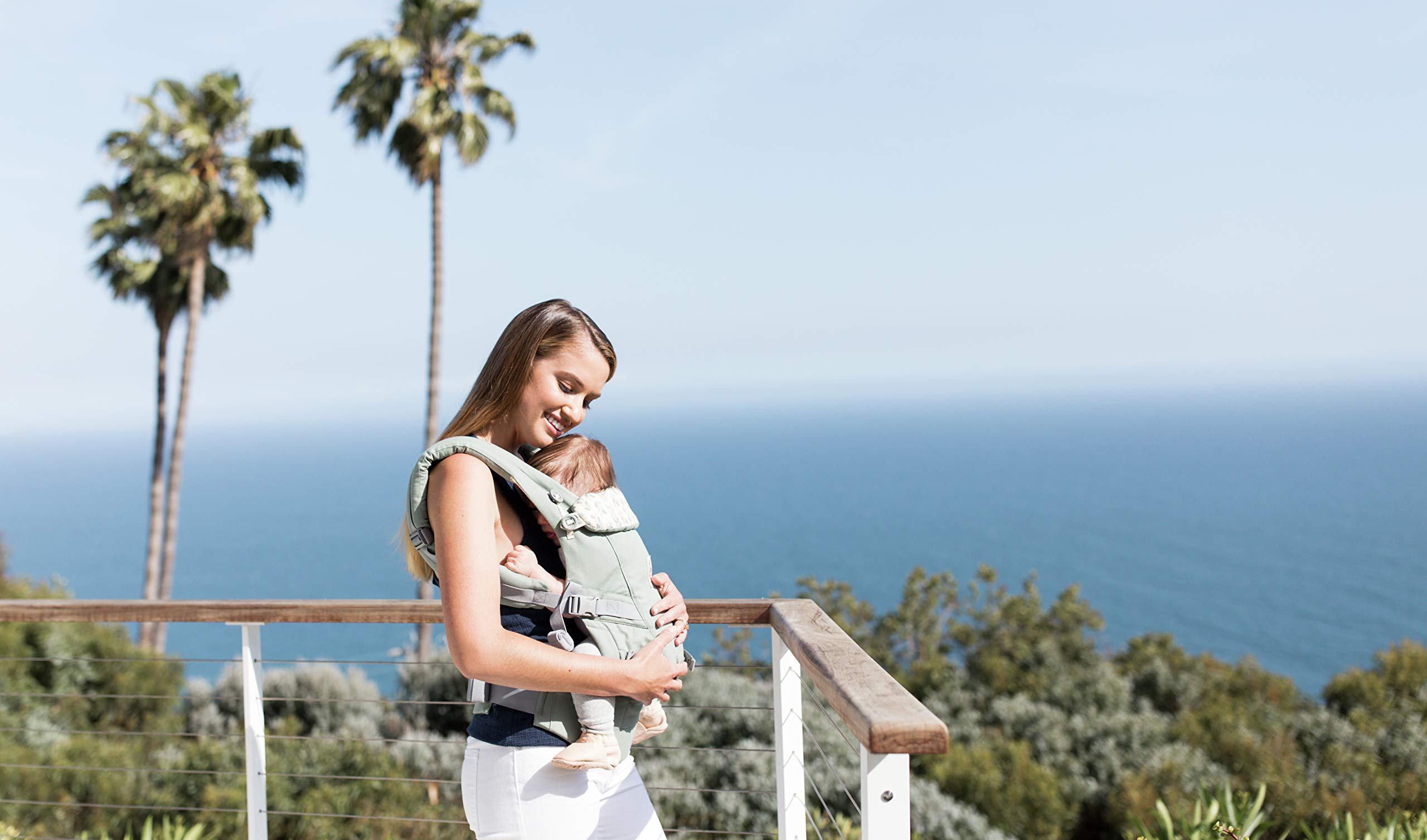 Ergobaby Baby Carrier Collection Adapt (3.2-20 kg), Sage Ergobaby 3 ergonomic wearing positions: on the front, on the back and on the hips Especially easy to use Suitable from birth (3.2 - 20kg) thanks to unique adjustment options 5