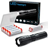Lampe de poche à main Super Bright LED Lampe de poche tactique Lampe torche zoomable-avec 4x18650 Batterie Rechargeable 3.7V