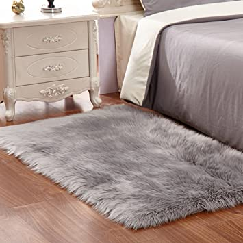Faux Fur Rug Grey Soft Fluffy Rug Shaggy Rugs Faux Sheepskin Rugs Floor  Carpet For Bedrooms Living Room Kids Rooms Decor 60 X 90 Cm: Amazon.co.uk:  Kitchen U0026 ...