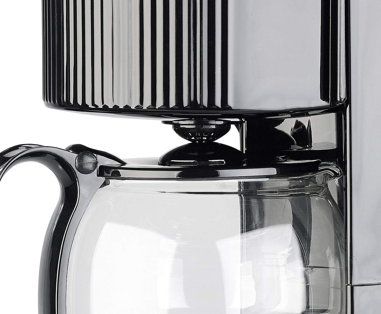 Rosenstein-Shne-Reise-Kaffeemaschine-Kfz-Filterkaffee-Maschine-bis-zu-3-Tassen-650-ml-24-Volt-300-Watt-Auto-Wasserkocher-Kaffeemaschine