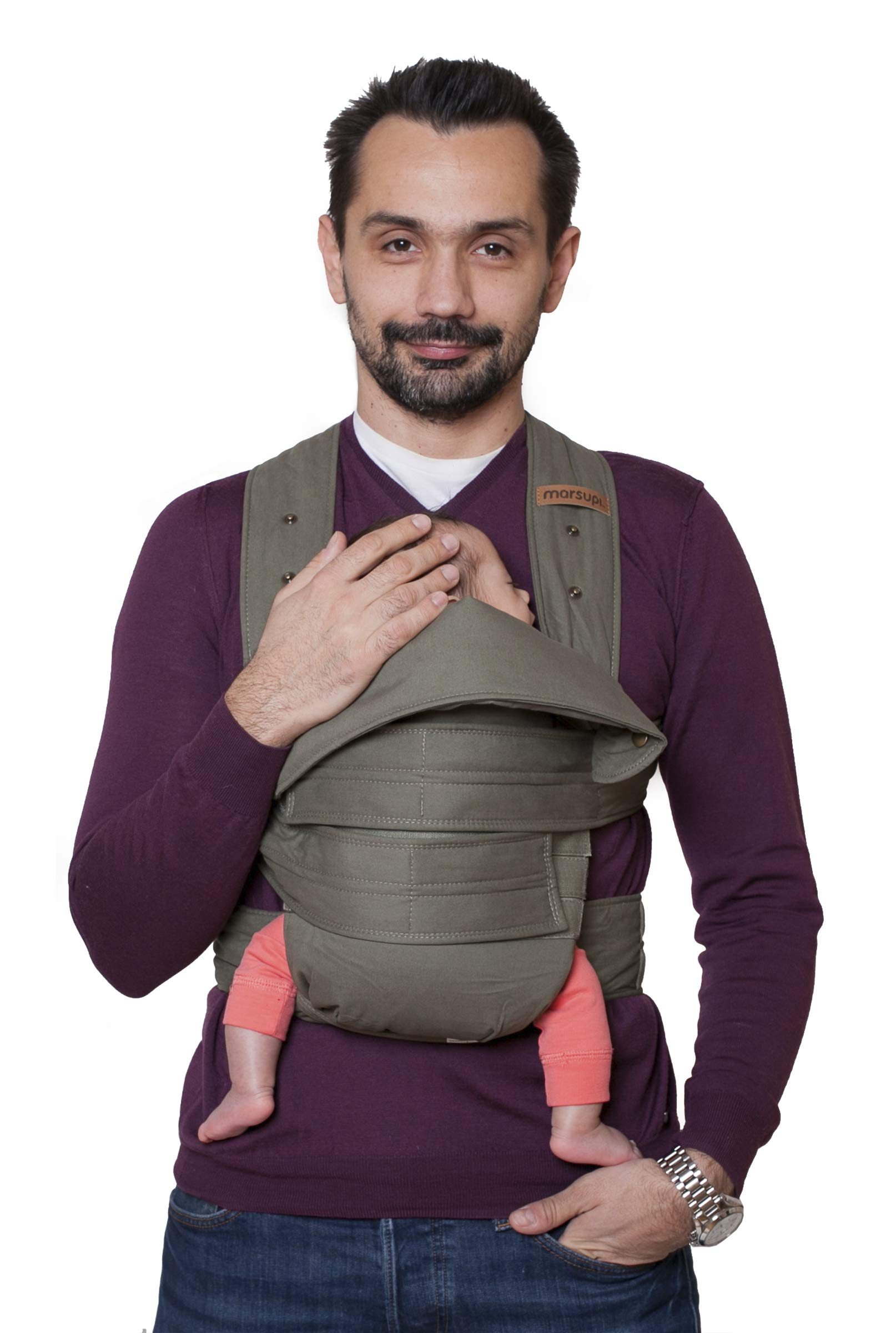 marsupi Baby and Child Carrier, Version 2.0 Classic (Olive/Oliv, XL) Marsupi Particularly compact and lightweight front & hip carrier (weight approx. 400 g) that fits in any pocket. Revised Version 2.0 Easy to put on thanks to unique Velcro system. 100% organic cotton, made in Europe. Machine washable up to 30°. Perfect support for the little ones, optimum weight distribution for the parents, wide base for orthopaedically correct posture (M position) and thigh support for your growing child 1