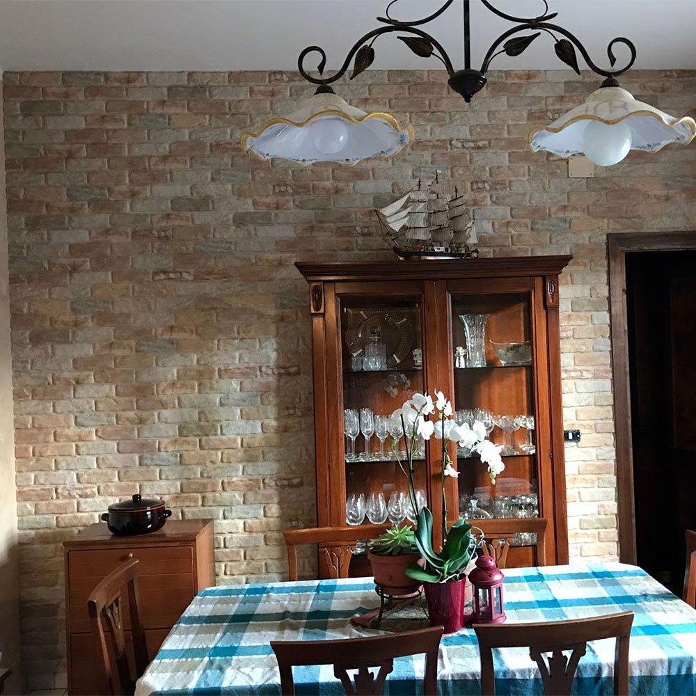 Decorare le pareti di casa con le tavole adesive 3d ecco 18 esempi - Piastrelle finto mattone ...
