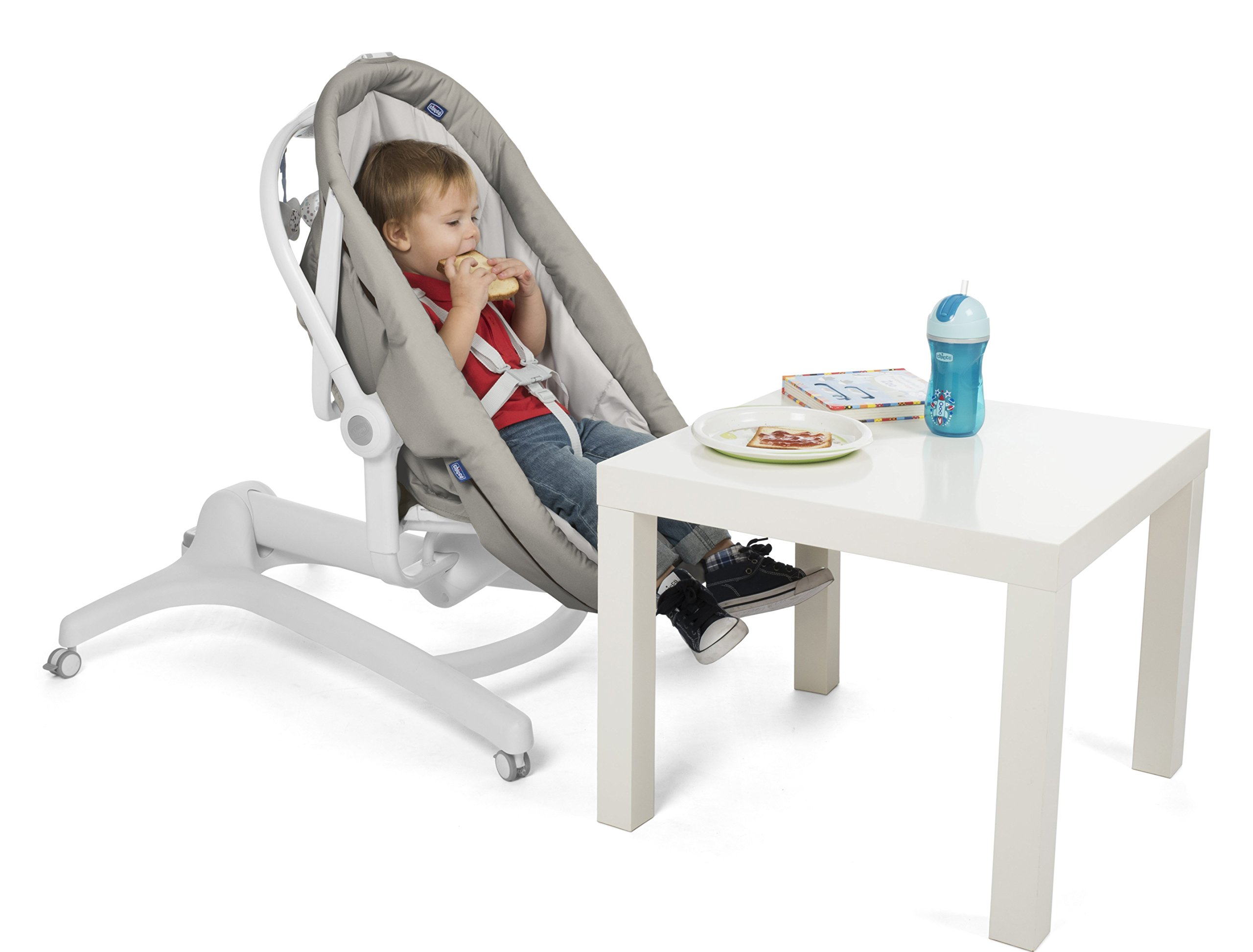 Chicco Baby Hug 4 in 1, Legend  It covers all your and your baby's needs: it is a comfy crib, a recliner from birth, a convenient highchair and finally your child's first chair from 6 months. Adjustable heights and backrest and 4 wheels Removable reducer to make the recliner suitable from birth 5