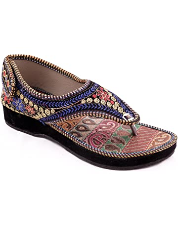 d0d3fd187d58 Womens Ethnic Footwear: Buy Womens Ethnic Footwear Online at Best ...