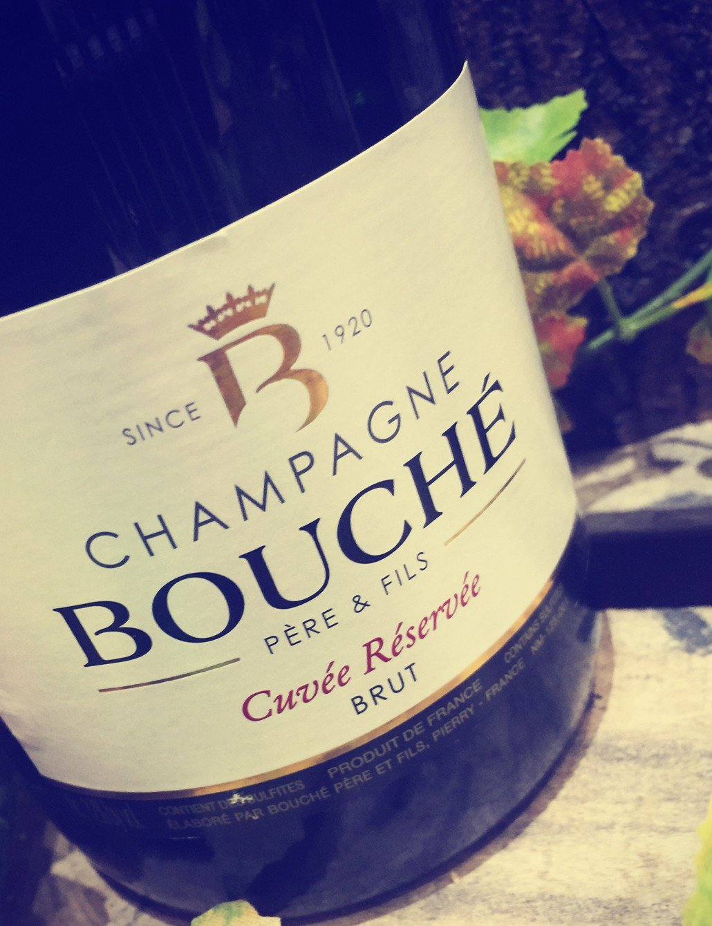 Bouch-Pre-Fils-Champagner-mit-Geschenkverpackung-Cuve-Rserve-Brut-1-x-075-l-Exklusiver-Champagner-Box