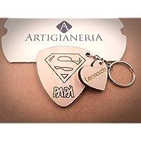 ArtigianeriA - Portachiavi in legno personalizzato, dedicato a tutti i super papà. Realizzato a laser in Italia…