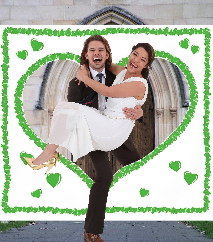 galleryy.net Grünes Hochzeitsherz zum Ausschneiden für das Brautpaar