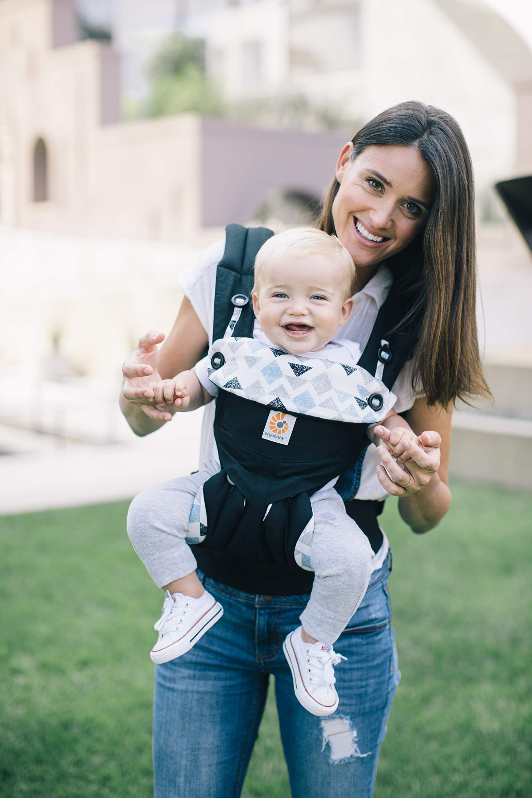 Ergobaby Baby Carrier for Toddler, 360 Collection, 4-Position Ergonomic Child Carrier and Backpack (Triple Triangles) Ergobaby Ergonomic baby carrier with 4 carry positions: front-inward, back, hip, and front-outward. The carrier is suitable for babies and toddlers weighing 5.5 to 20kg, and can be used as a back carrier. Also with insert for newborn babies weighing 3.2-5.5kg, sold separately. NEW - Maximum comfort for parent: Longwear comfort with lumbar support waistbelt and extra cushioned shoulder straps. The carrier is suitable for men and women. Maximum baby comfort - The structured bucket seat supports the correct frog-leg position for the baby. The carrier also has a padded, foldable head and neck support. Ergobaby carriers are a new take on the usual baby sling. 4