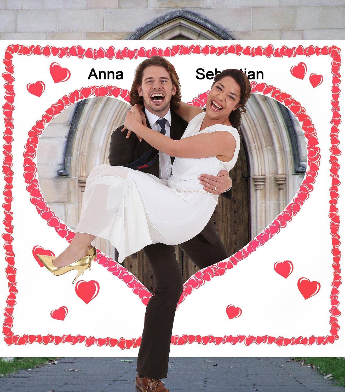 Hochzeitsherz Ausschneiden Set INDIVIDUALISIERT mit Namen - Stofflaken Herzmotiv & Schlaufen zum Straffhalten INKL. 2…