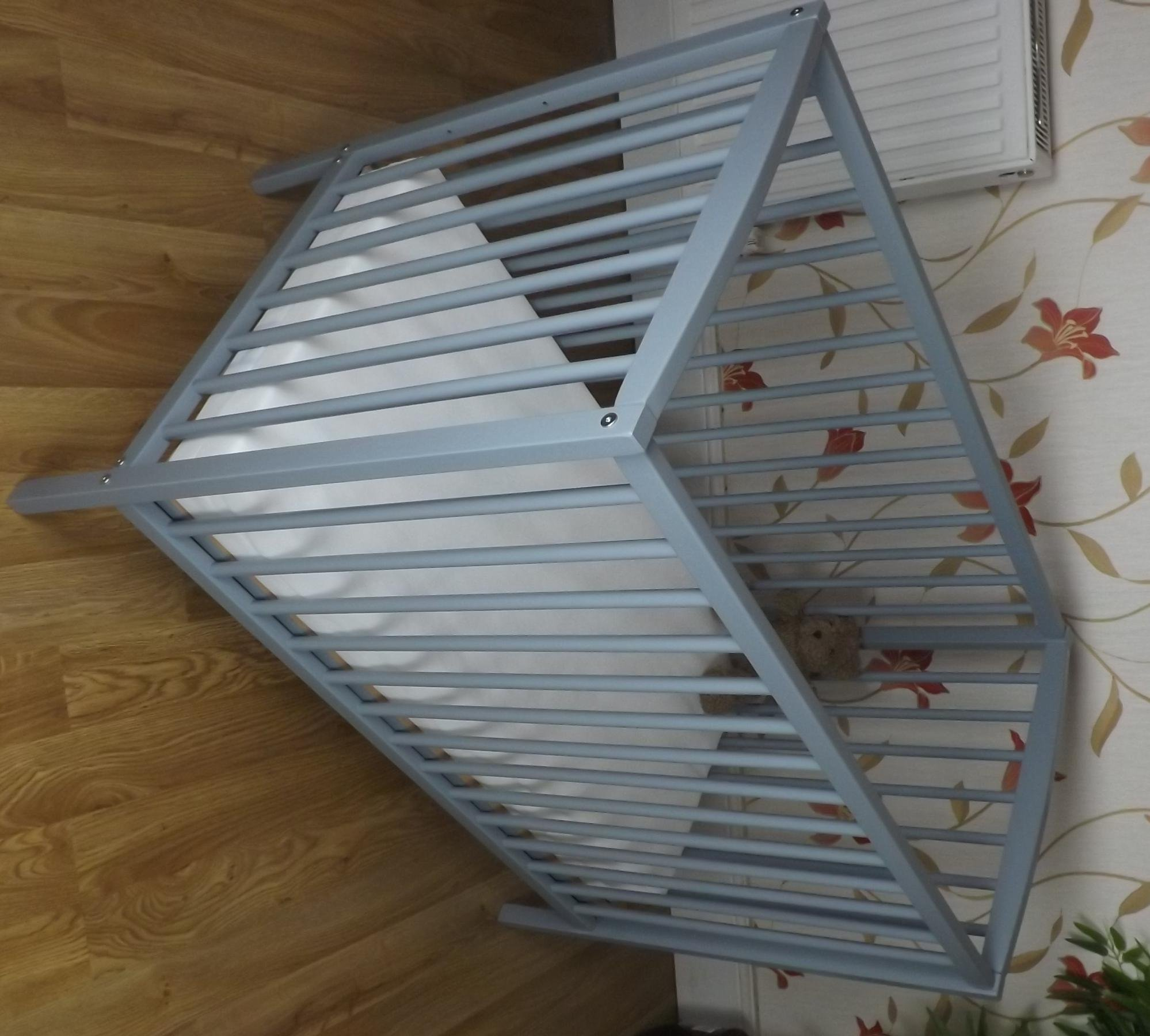 SPACE SAVER SMALL COT 4 BABY / + MATTRESS/ Grey / Little Cot / 100 x 52.5 CM /Perfect for Small Rooms ...   3