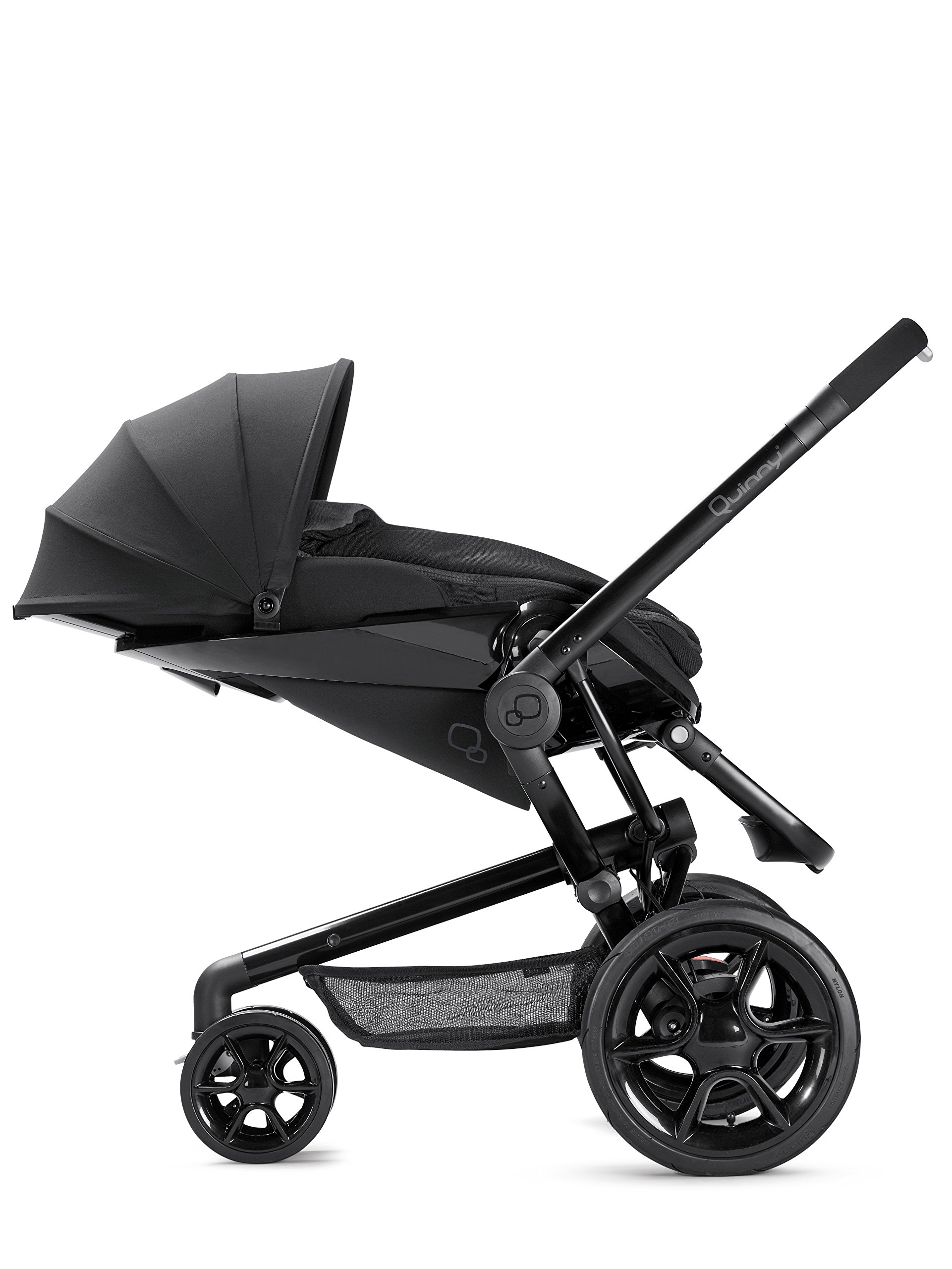 Quinny Moodd Pushchair Frame, Black Devotion Maxi-Cosi Stylish urban pushchair with cozy baby nest - suitable from birth to 15 kg (approx. 3.5 years) Foam filled comfort tyres and lockable front swivel wheels for a smooth ride Reversible seat unit with 3 recline position (including lie-flat options for newborns) 6