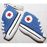 Baby stivaletti uncinetto, unisex. stile Converse All Star. Blu cowboy, base bianca, 100% cotone, taglie da 0 a 12 mesi…