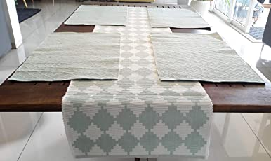 100% Cotton Handloom Dobby 5 pc Set of Table Runner and Table mats