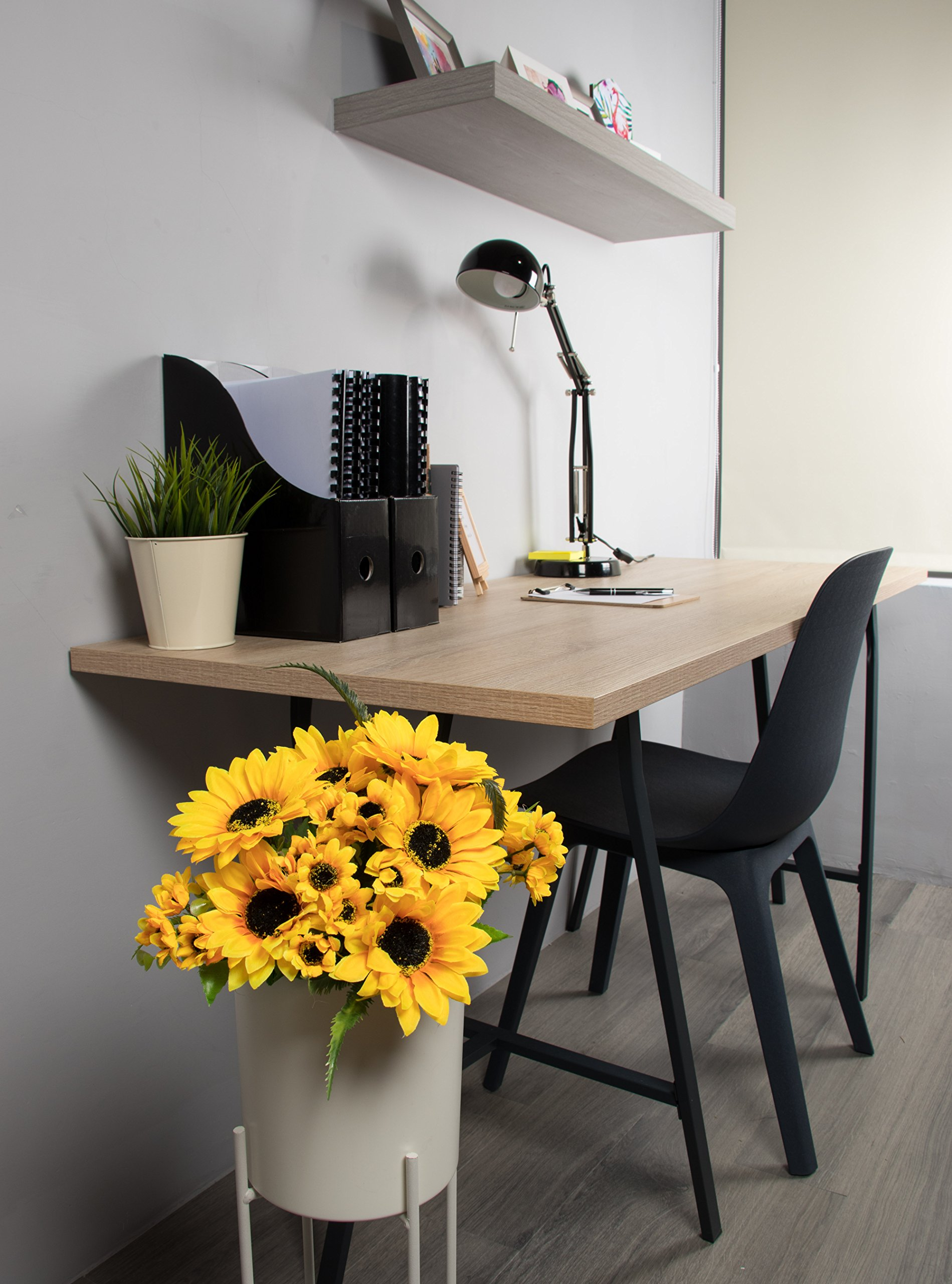 Juvale Ramos de girasol artificiales, flores amarillas falsas para la decoración del hogar (2 ramos)