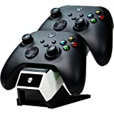 NUMSKULL Dual Charging Dock + Batteries + Cable (Xbox One) - 44374