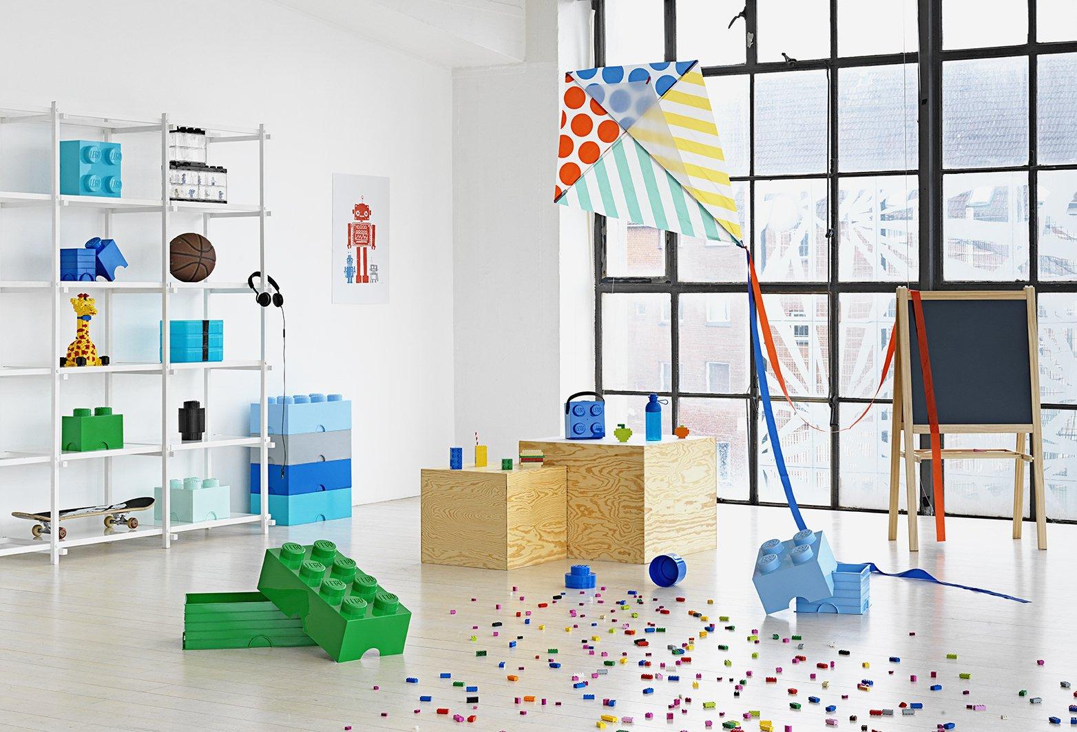 Mattoncino-contenitore Lego a 4 Bottoncini, Contenitore Impilabile, 5,7 Litri, Acqua & Lego Brick Mattoncino Bottoncini… 2 spesavip