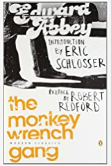 The Monkey Wrench Gang (Penguin Modern Classics) Paperback