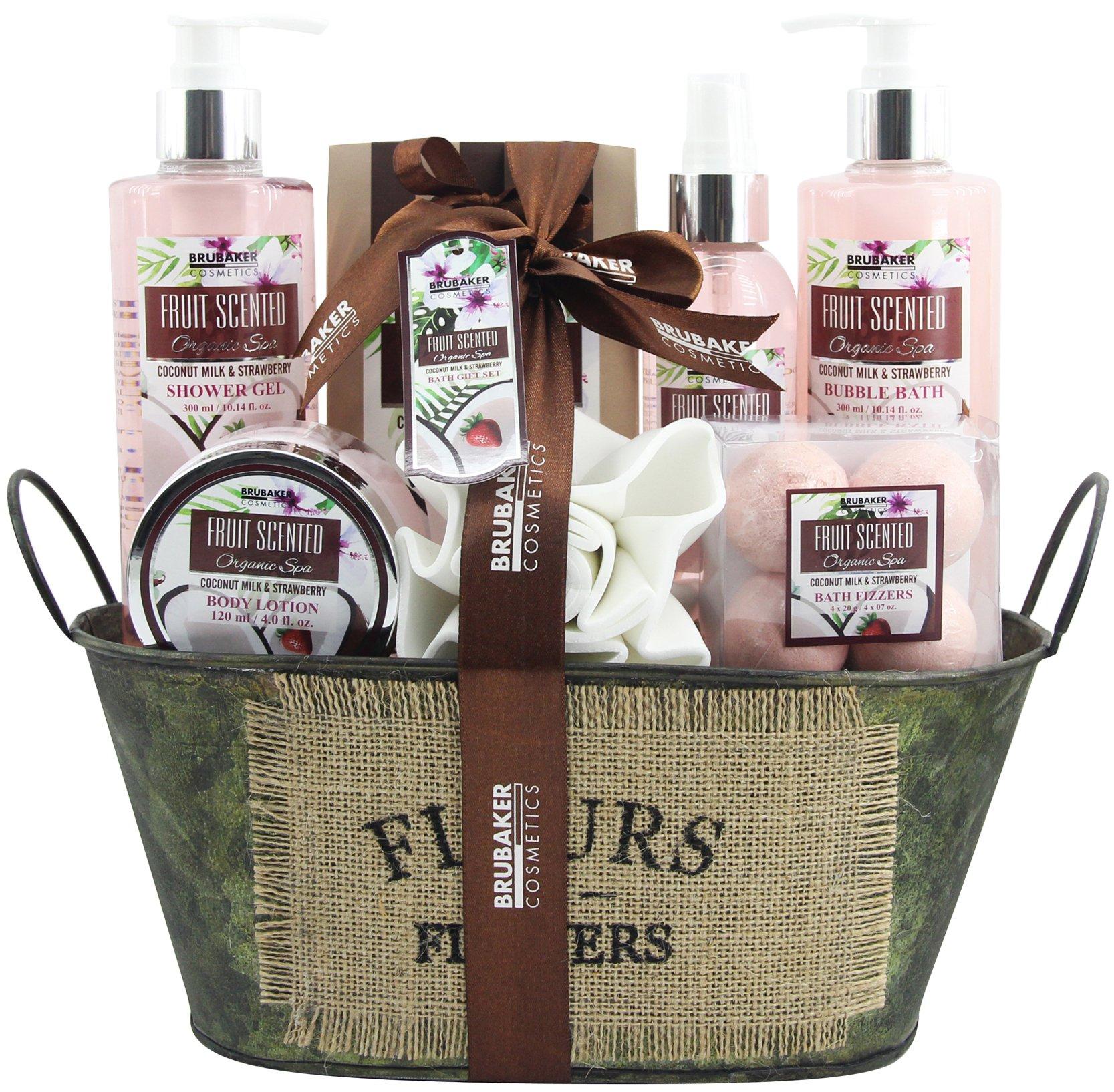 BRUBAKER Cosmetics Bade- und Dusch Set Kokosnuss & Erdbeer Duft - 10-teiliges Geschenkset in Vintage Wanne 8