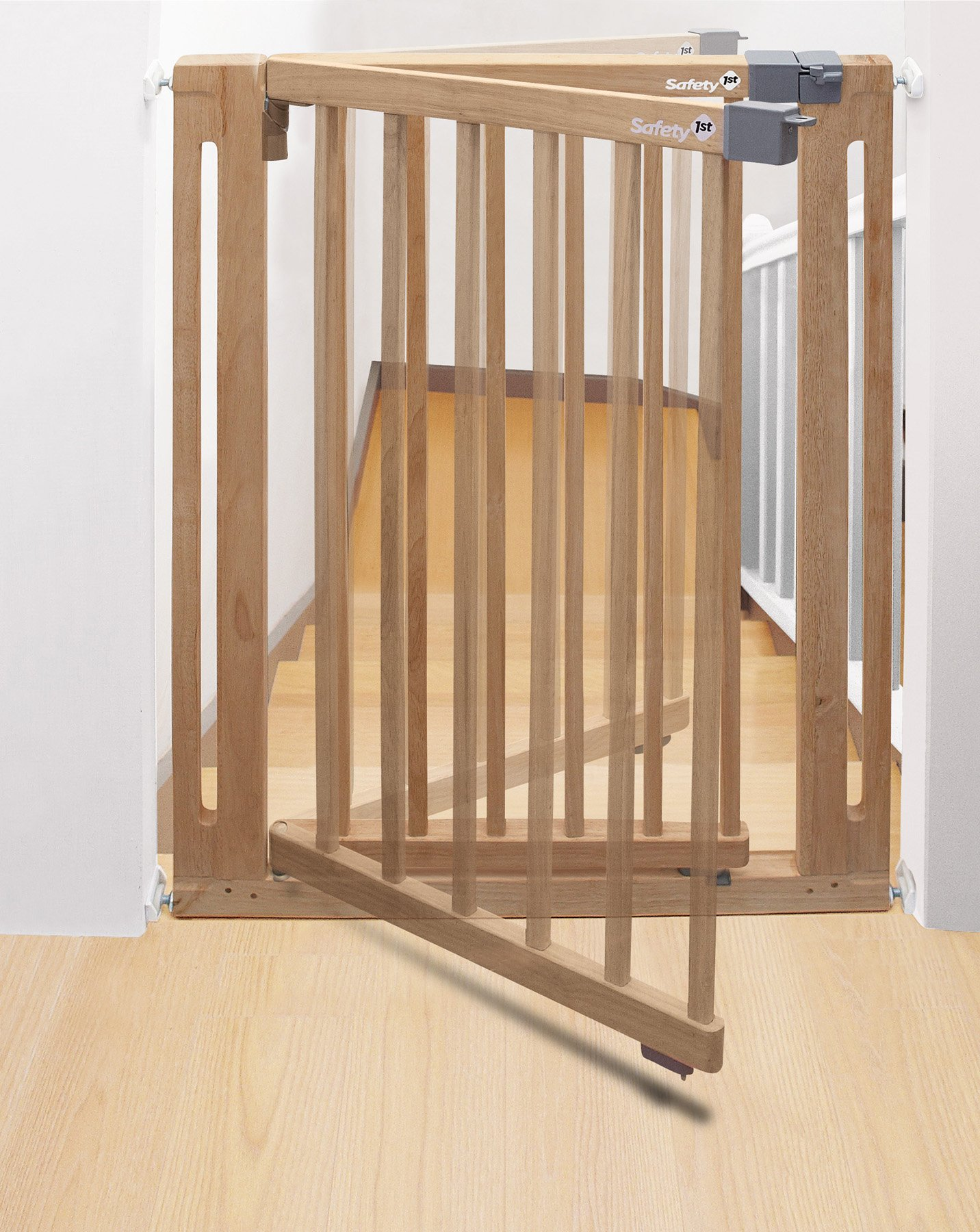 Safety 1st Easy Close Safety Gate Made from Wood / Pressure Fit / Natural  Stable door safety gate made of gum tree wood Easy to install due to 4-point clamping function Adjustable from 73 to 80.5 cm 3