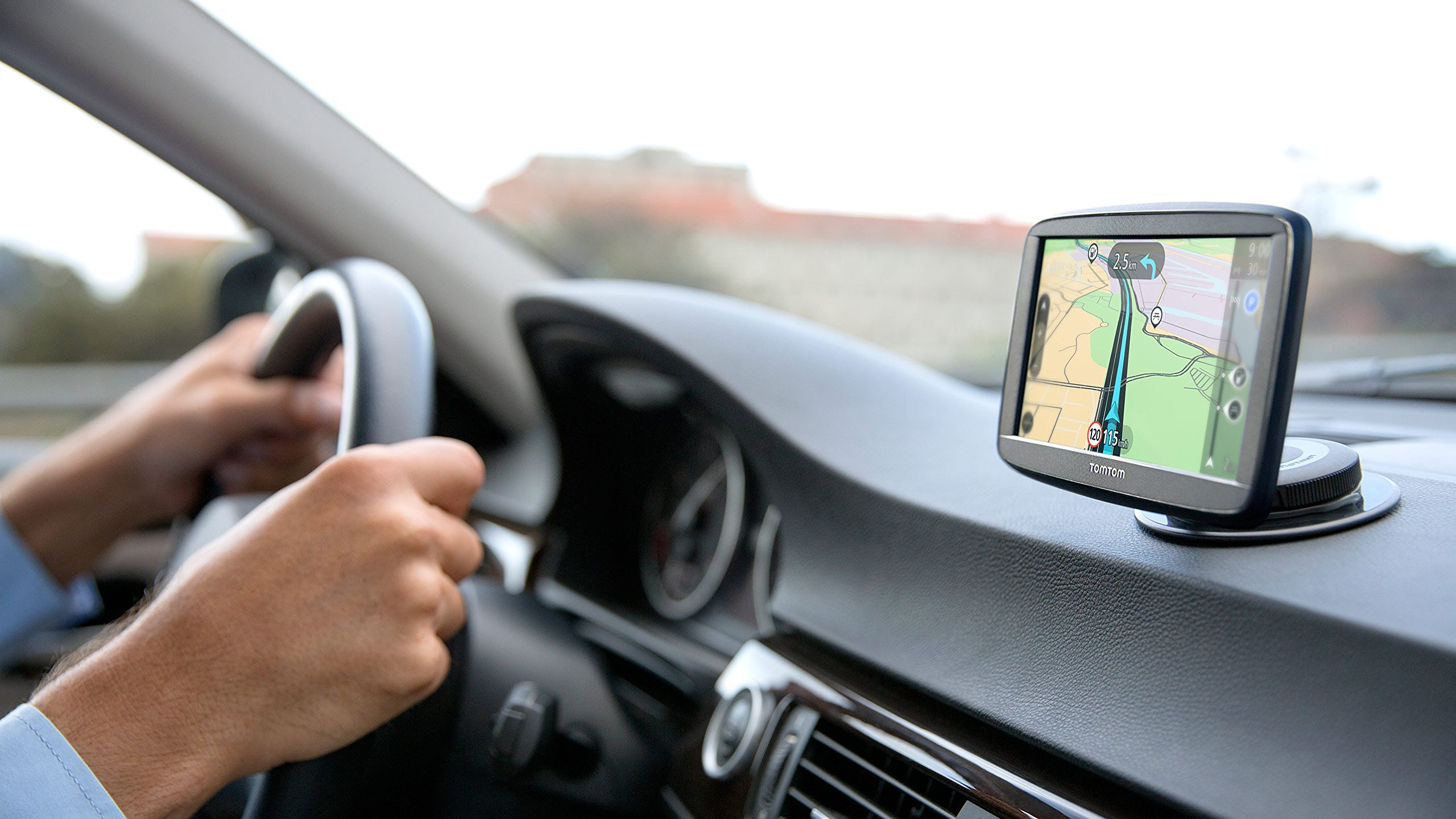 TomTom-Via-52-Europe-Traffic-Navigationsgert-Sprachsteuerung-Bluetooth-Freisprechen-Fahrspurassistent-3-Monate-Radarkameras-auf-Wunsch