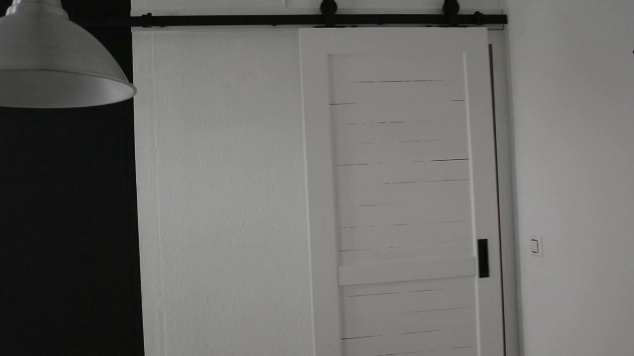 183/ 200cm Herraje para raíl de sistema puerta deslizante Herraje Puertas Corredera Riel Rueda para Puertas Kit de Accesorios para Puerta corredera dormitorio, balcón, cocina (B: 200cm): Amazon.es: Bricolaje y herramientas