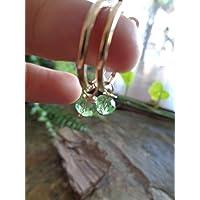 ⊹⊱ ☆ PICCOLI CERCHI IN ORO 2 CM CON CRISTALLO VERDE ☆ ⊰⊹ ORECCHINI GANCI TONDI, verde chiaro, perla di vetro sfaccettata…