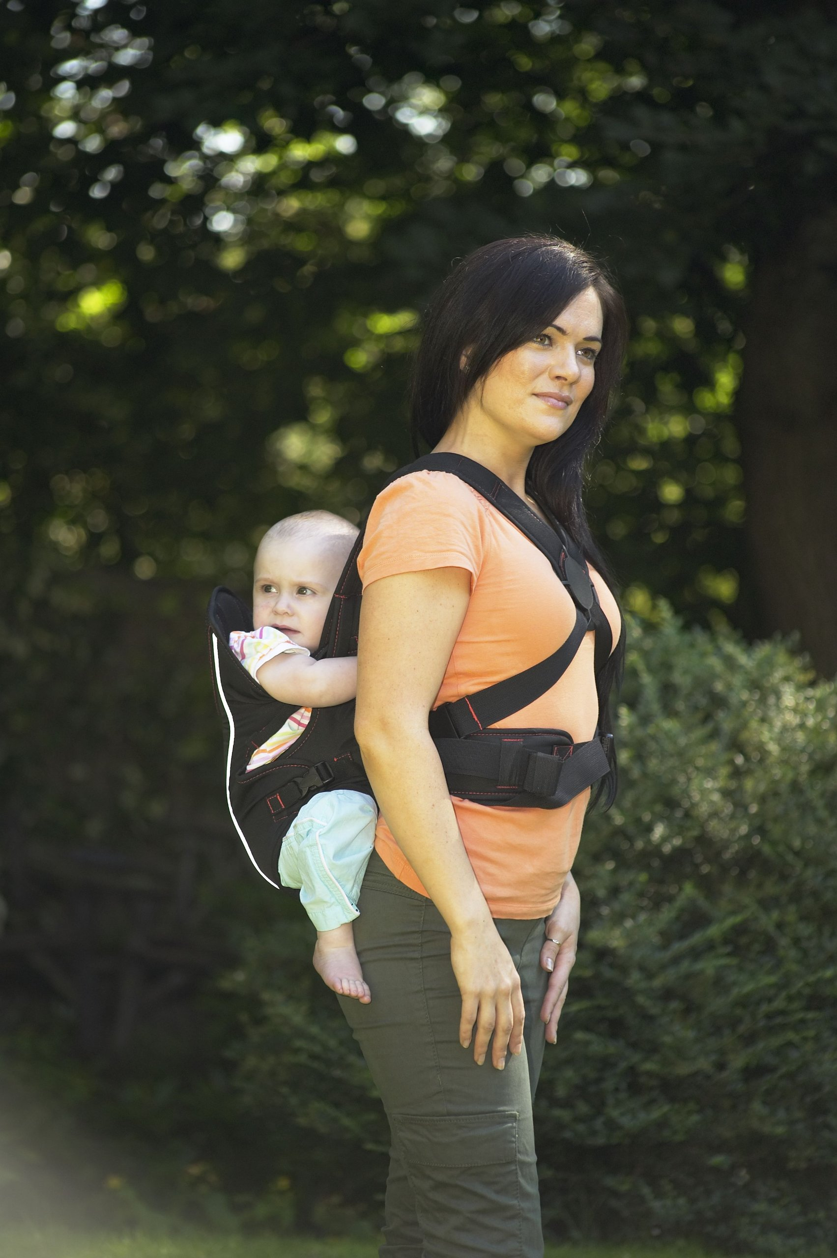 Babyway Baby Carrier 3-in-1  Suitable from birth Baby can face in/out/or be on your back Cushioned head rest and leg openings - with padded Supports 5