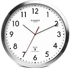 Cander Berlin MNU 3030 Weiße Funkwanduhr Aus Aluminium Mit Lautlosem Sweep  Uhrwerk 12 Zoll (Ø