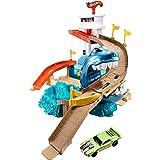 مجموعة اللعب القرش العملاق قاضم السيارات شاركبورت شوداون مع سيارة متغيرة اللون من هوت ويلز BGK04