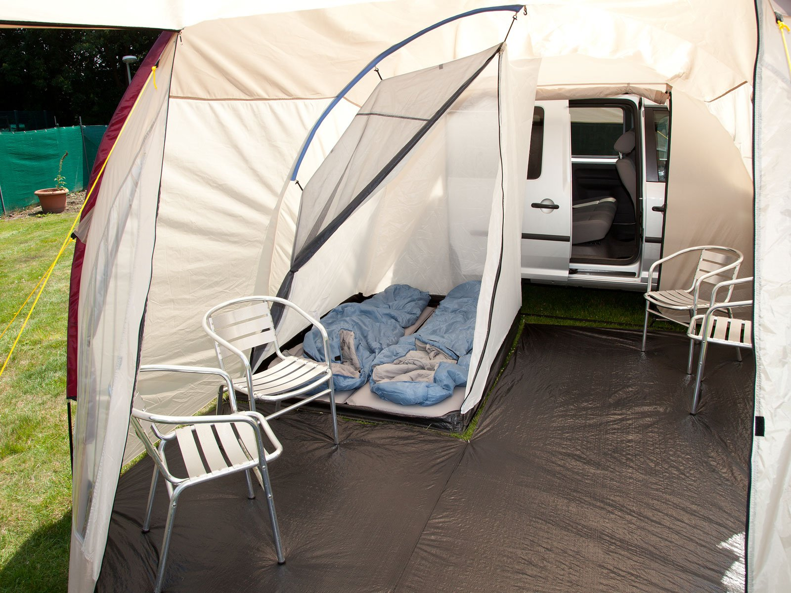 Skandika Camper Tramp Free-Standing Minivan Awning Tent with 2-Berth Sleeping Cabin and 210 cm Peak Height, Sand/Red, 2 Persons 5