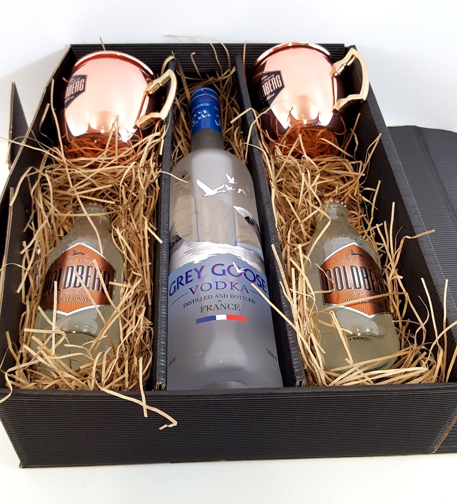 Moscow-Mule-Set-Geschenkset-Grey-Goose-Vodka-70cl-40-Vol-2x-Goldberg-Kupferbecher-2x-Goldberg-Intense-Ginger-200ml