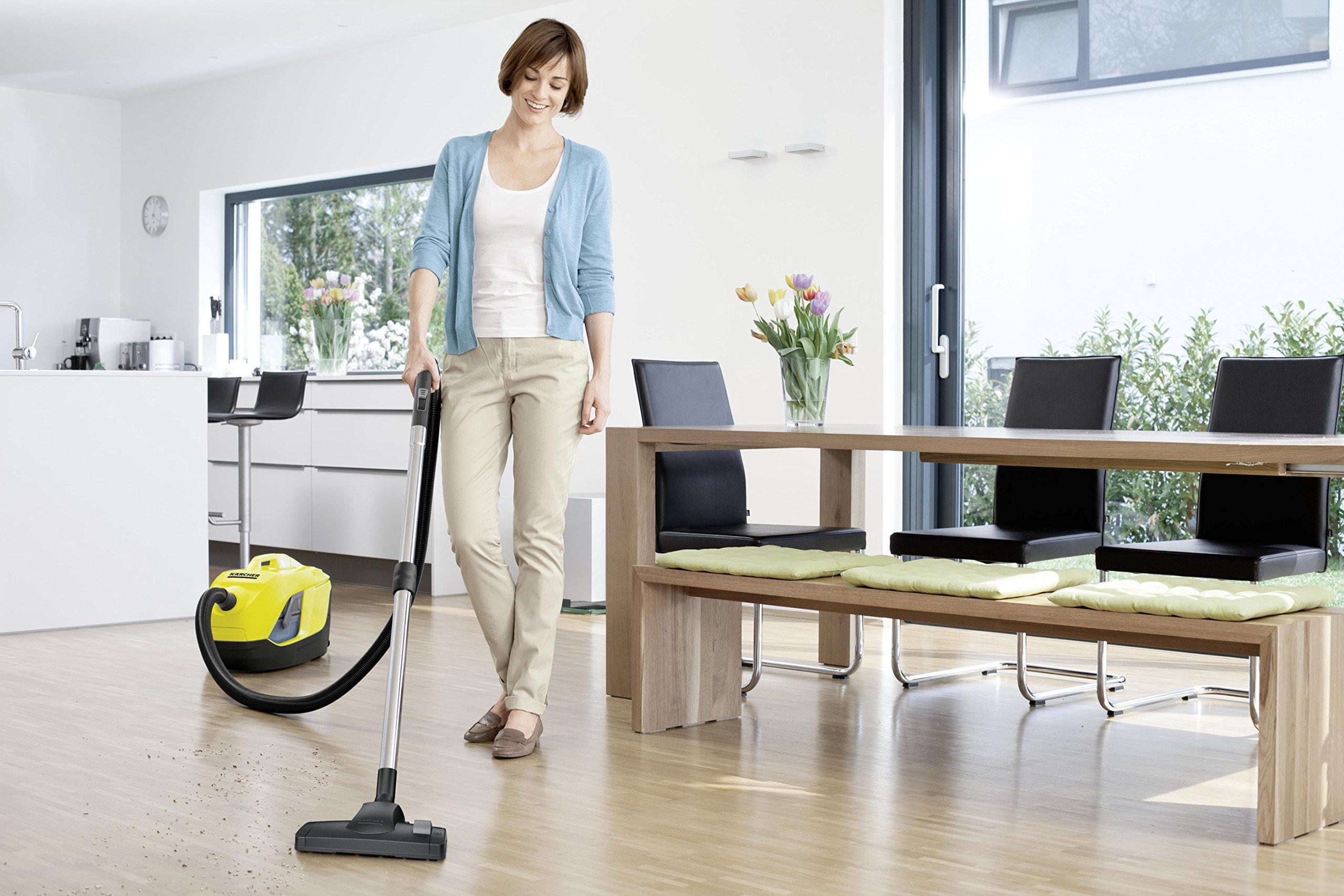 Kärcher Staubsauger VC 6 Premium inkl. Zubehör, energieeffizienter Boden-Staubsauger für Teppich, Ecken & Polster, mit…